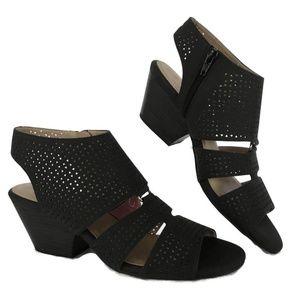 Women Heels 8.5, 9 M Open Toe Ankle Sandal Shoe